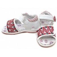 10 советов ортопедов по выбору детской обуви